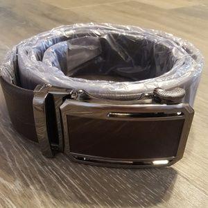 Men's adjustable leather belt